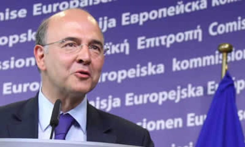 Pierre Moscovici, ministro de Finanzas de Francia, dijo que respetan la soberanía de España. (Foto: AP)