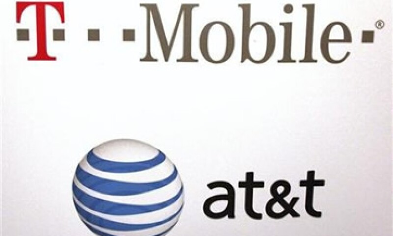 AT&T ofreció 39,000 mdd por T-Mobile USA, la filial de la alemana Deutsche Telekom. (Foto: Reuters)