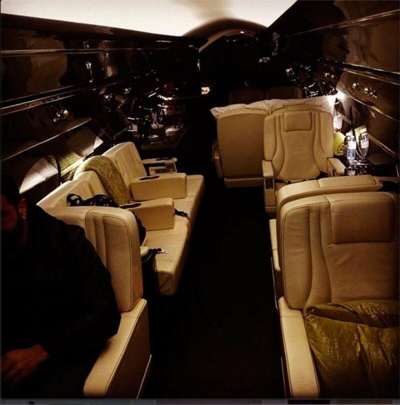 Este es el interior de la aeronave.