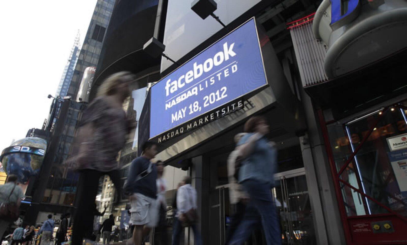 La firma fundada por Mark Zuckerberg emitió un total de 421.2 millones de acciones para recaudar 16,000 millones de dólares.
