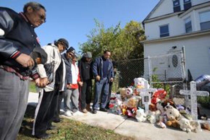 La cantante y actriz espera que el desaparecido, Julian King, de 7 años, sea devuelto sano y salvo a casa.