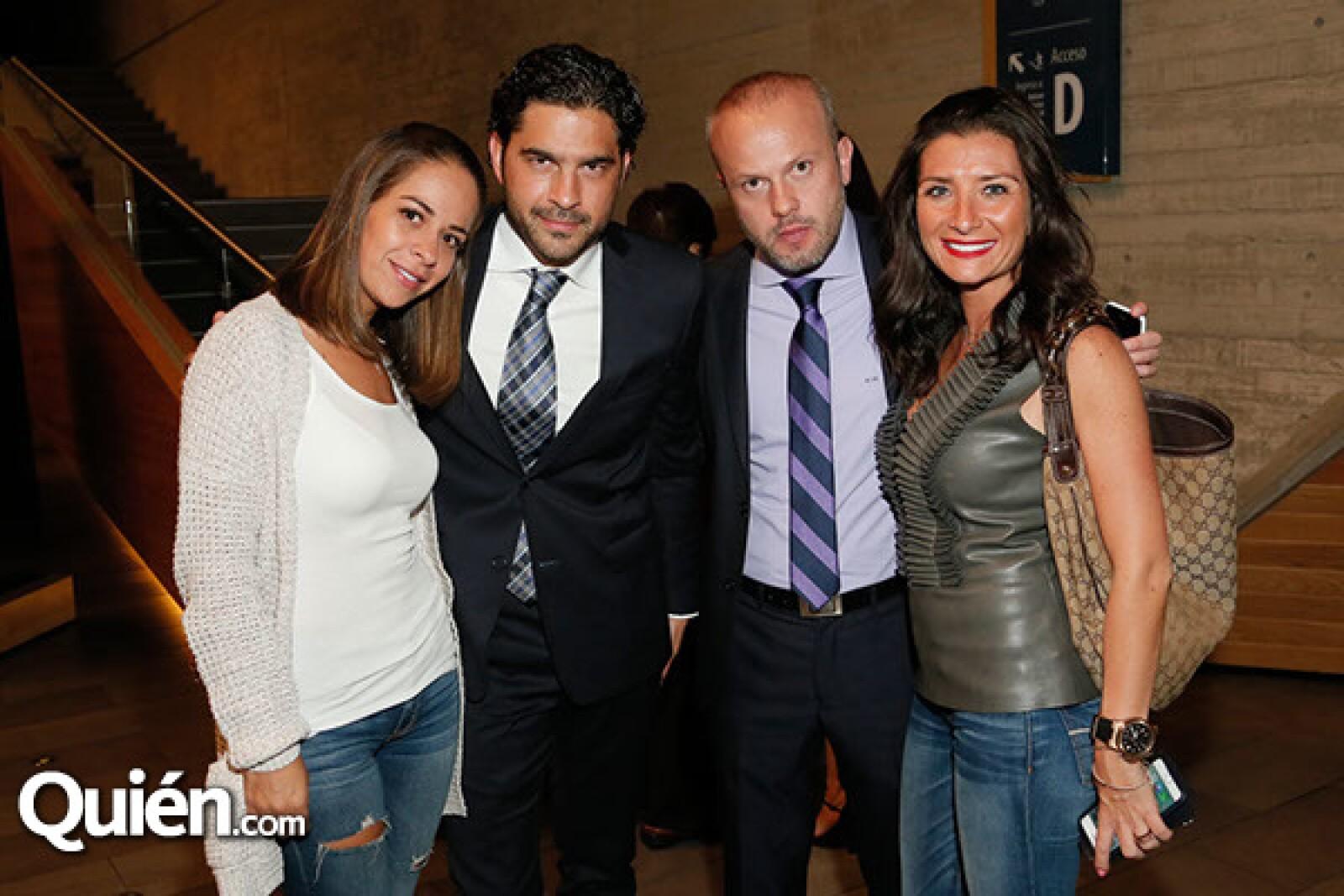Geraldine Alvarez,Rafael Rodríguez,Alejandro Isla y Mariana Savala