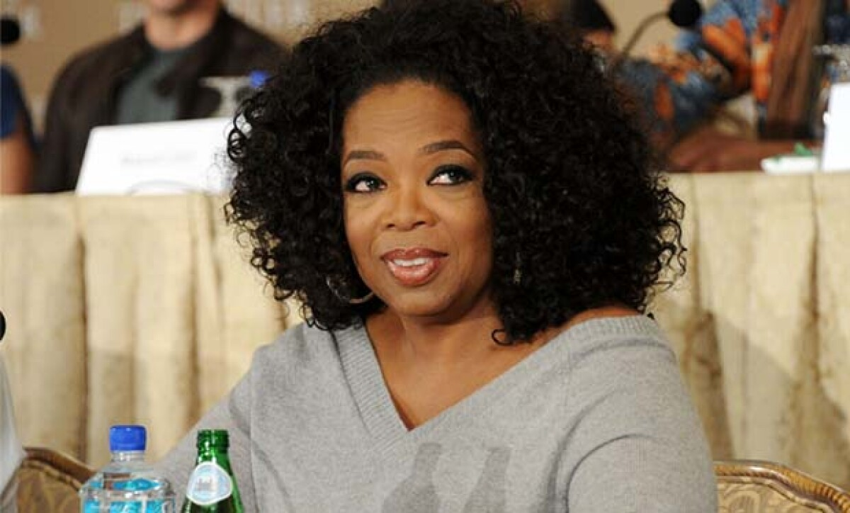 Oprah sufre incidente racista, se niegan a mostrarle costoso bolso