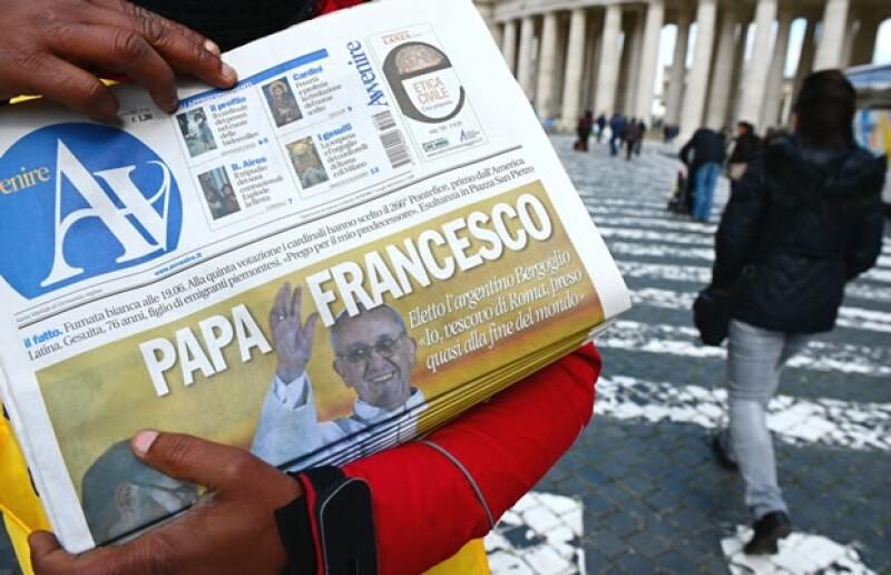 """""""Que sea moderno y revitalizador"""", pide unos de nuestros lectores. """"Que sea sencishito y carismático"""", menciona otro. ¿Qué quieren nuestros seguidores del nuevo Papa?"""