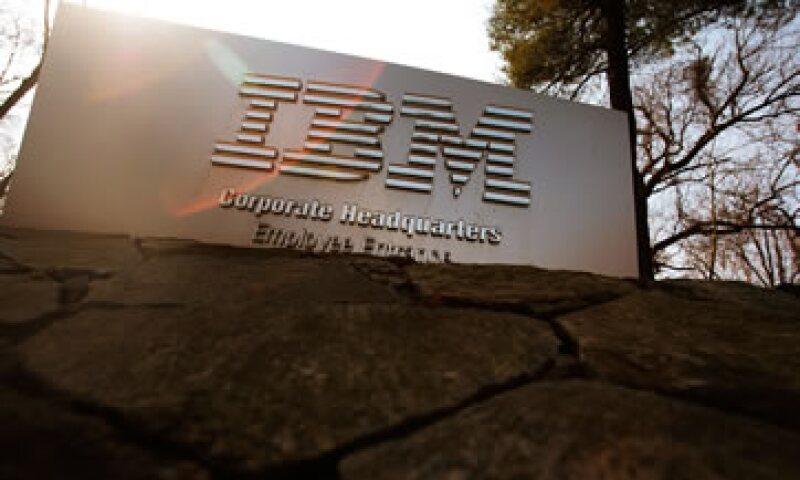 IBM tuvo ganancias netas por 5,480 mdd.   (Foto: Reuters )