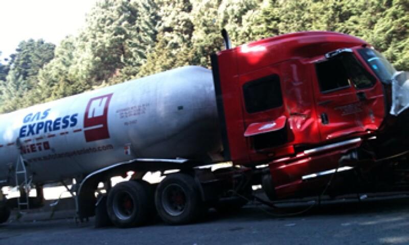 La planta de Gas Express Nieto era responsable de garantizar las buenas condiciones de sus pipas, dijo la Sener. (Foto: Notimex)