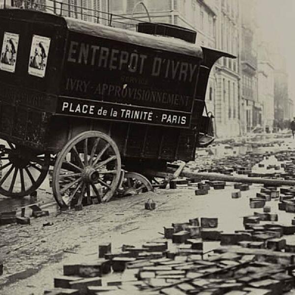 Las grandes avenidas de París como Lyon y Champs Elysees estuvieron repletas de agua durante 4 meses.