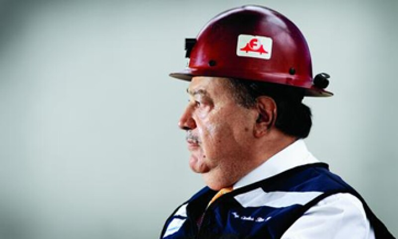 Carlos Slim leads an empire that spans telecommunications, housing, mining, retail, banking and more. (Foto: Alfredo Pelcastre)