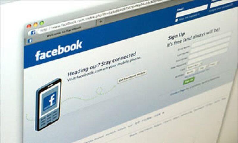 Facebook no pudo explicar por qué no informó del cambio del correo electrónico antes de que sucediera. (Foto: Cortesía CNNMoney)