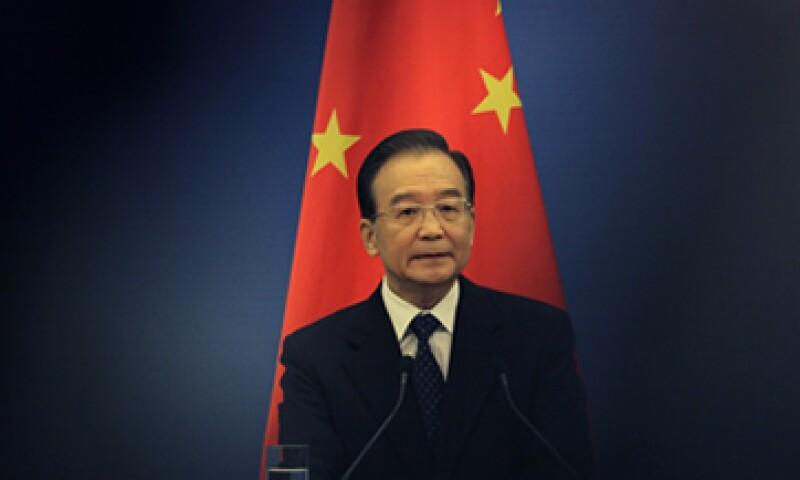 El premier Wen Jiabao declaró que China debería mantener su política fiscal proactiva. (Foto: AP)
