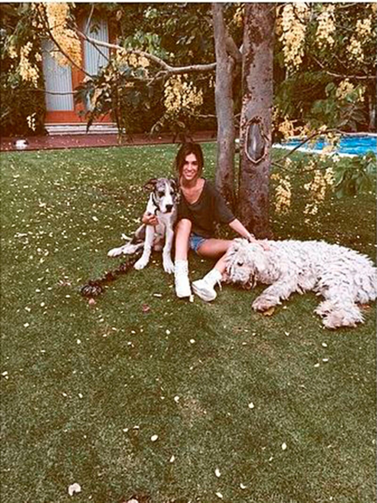 Karla, rodeada de Kalum y Kush.