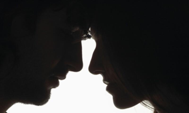 El tema financiero puede ser origen de disputas y hasta causal de divorcio en una pareja. (Foto: Thinkstock)