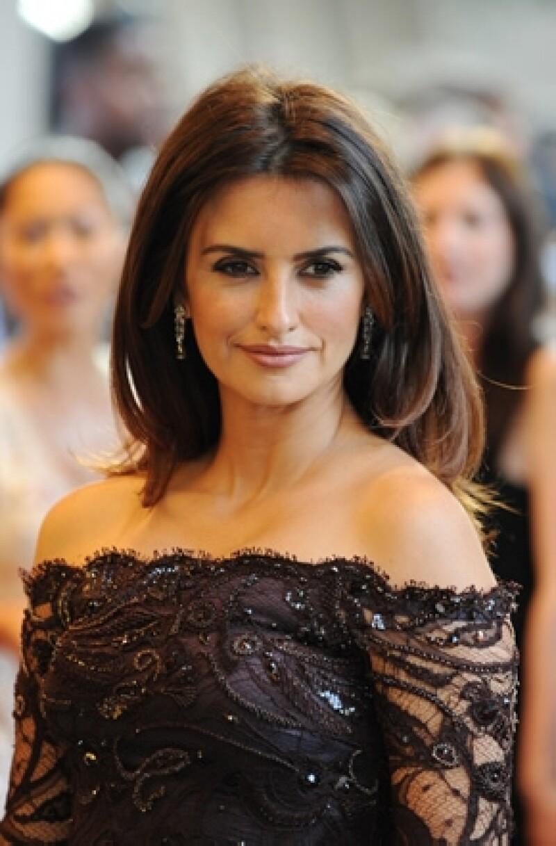 A pesar de que los rumores de que la actriz española estaba esperando a su segundo hijo, la noticia ha sido desmentida.