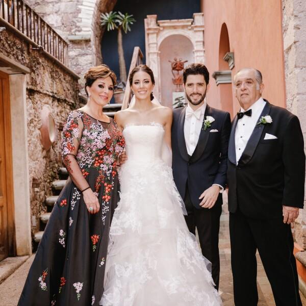 Gloria Patricia Aceves, Sofía Olson, Gonzalo y Gonzalo Leaño.jpg