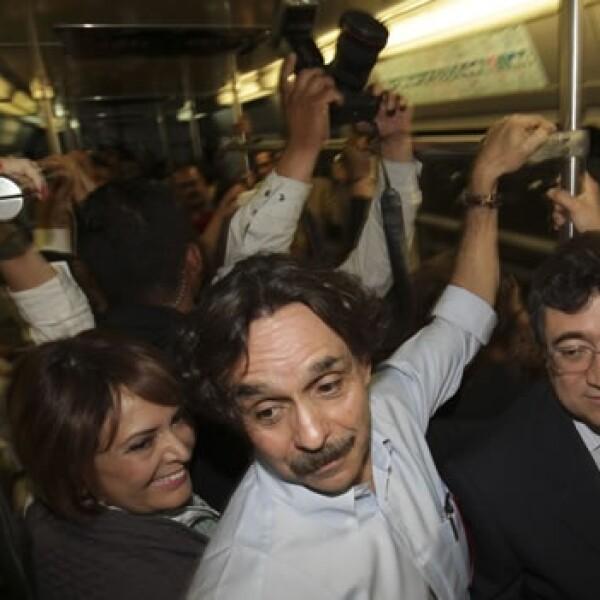 Gabriel Quadri se sube al metro por campaña electoral