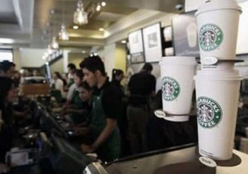 La cadena sostiene que impulsó el consumo de café en México, tras sus ocho años de presencia en el país. (Foto: Reuters)