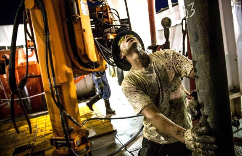 El auge petrolero ha generado decenas de miles de puestos de trabajo en la regi�n (Getty Images).