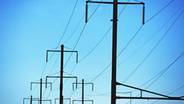 La CFE asegura que la transmisión de energía no afectará a sus clientes de México. (Foto: Photos to Go)