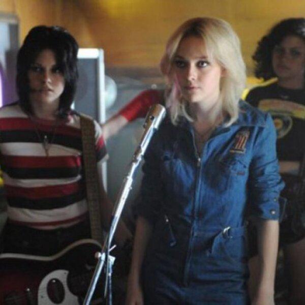El filme narrará además la tormentosa relación entre Joan y Cherie dentro y fuera de los escenarios, y los motivos de la disolución de la banda en 1979.