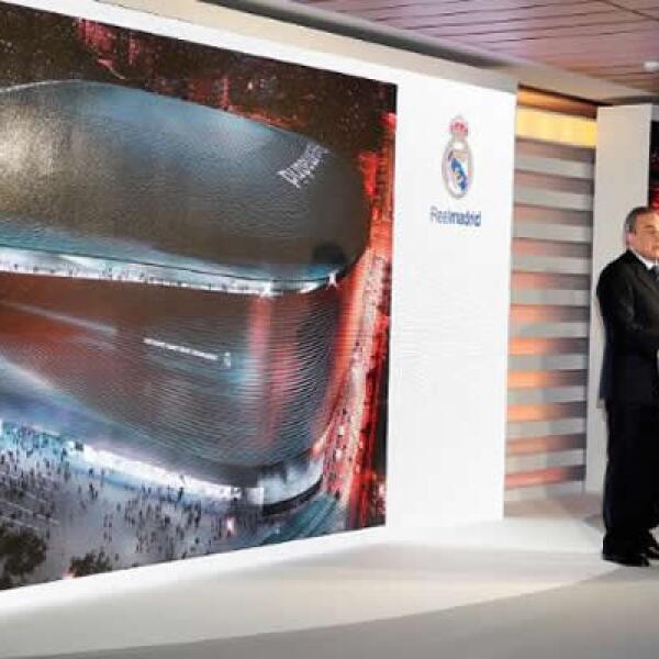 """El presidente del Real Madrid, Florentino Pérez, expresó su deseo de que el Santiago Bernabéu sea el """"mejor estadio del mundo con la máxima comodidad posible y un ícono de la arquitectura de vanguardia""""."""