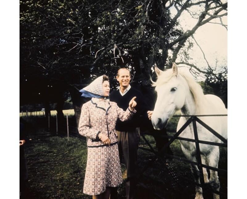 Isabel se enamoró de Felipe cuando sólo tenía 13 años. En esta imagen los vemos ya como marido y mujer.