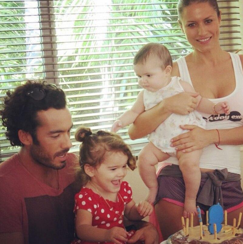 Así festejaron Aaròn Dìaz y Lola Ponce a su primogénita Erin.