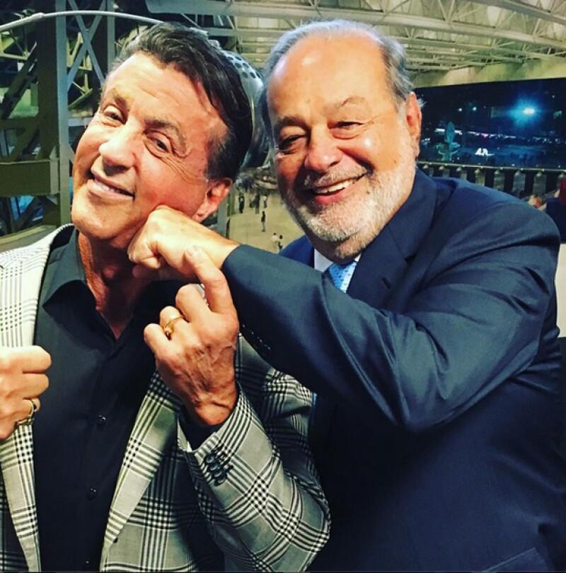 El actor fue parte del Encuentro Anual de Becarios México Siglo XXI organizado por Fundación Telmex y claro que el empresario mexicano estuvo ahí como buen anfitrión.