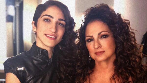 Emily y Gloria Estefan