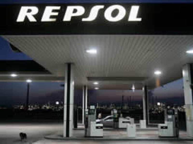 Sacyr sigue negociando con Lukoil la venta de su parte de Repsol. (Foto: Archivo)