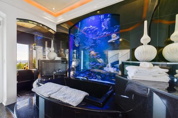 La mansión de Lars Ulrich está valuada en 12 millones de dólares.
