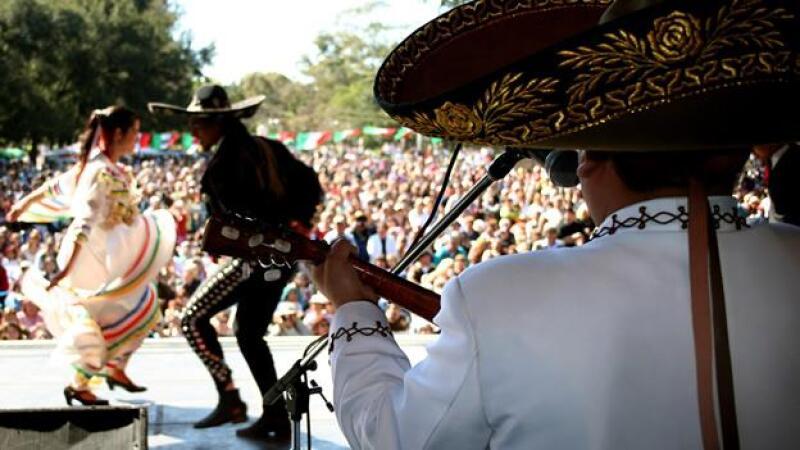 mariachi-bicentenario