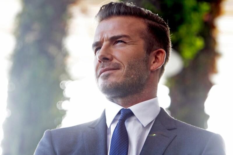 Hoy el astro de futbol cumple 39 años, siendo uno de los hombres más guapos del mundo y con una vida envidiable. Además de su atractivo físico, su amor por sus hijos y esposa lo hacen el más sexy.