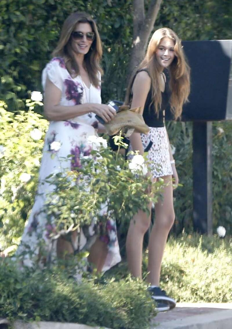 Cindy y Kaia demostraron lo símiles que son no solo en físico, sino en gustos a la hora de vestir.