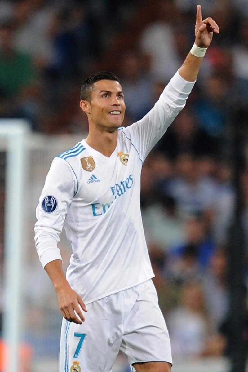 Cristiano Ronaldo rinde homenaje a Santi, víctima del ...