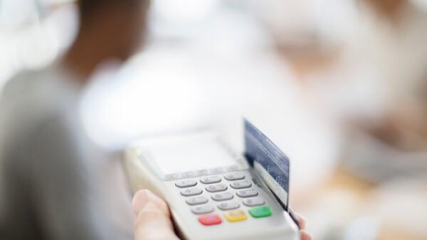 El uso responsable de una tarjeta de crédito es un factor fundamental