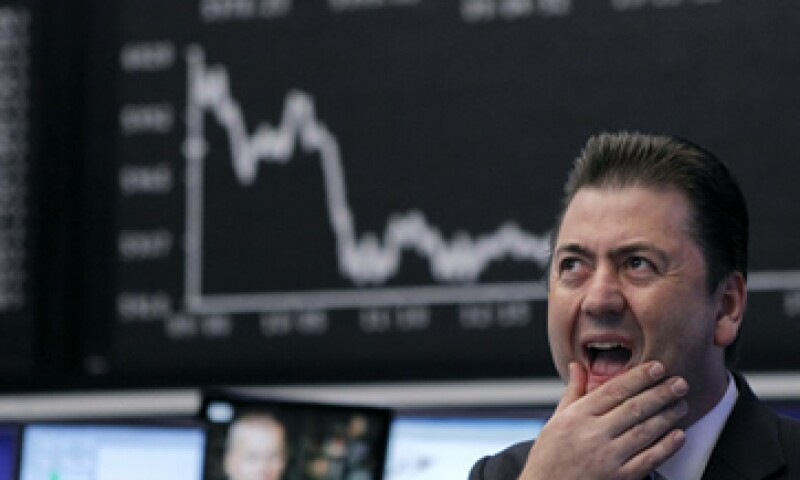 Analistas advierten que la volatilidad en los mercados continuará. (Foto: Reuters)
