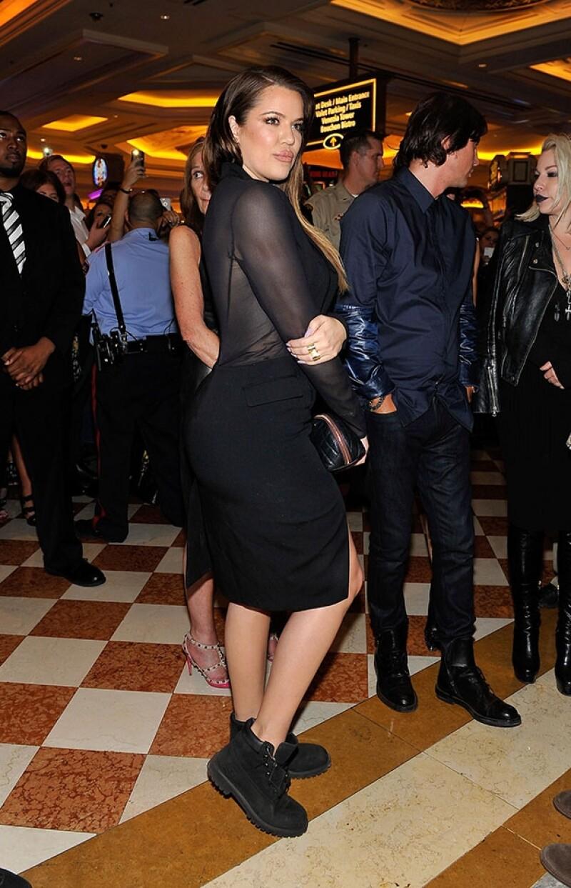 Este fue en look que eligió Khloe Kardashian parala fiesta de su hermana.