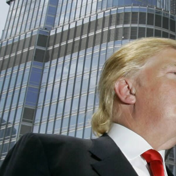 El millonario Donald Trump inauguró el Trump Internacional Hotel and Tower Chicago valuado en 162 millones de dólares.