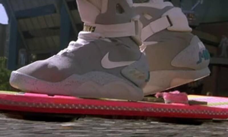 Continuar más lejos Intención  Nike producirá este año los tenis de 'Volver al futuro'