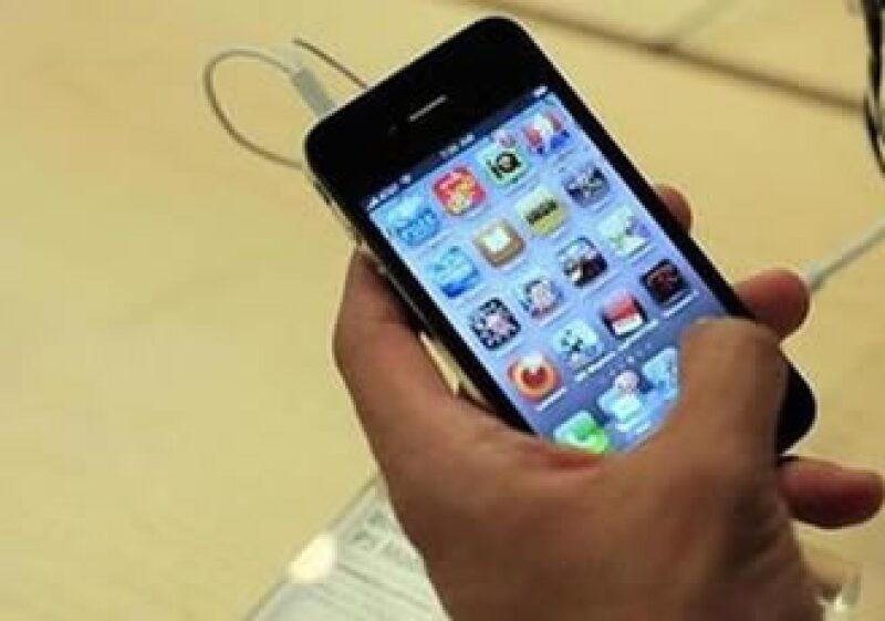 El éxito rotundo del iPhone le ha dado a Apple ha más de 70 millones de aparatos vendidos. (Foto: Reuters)