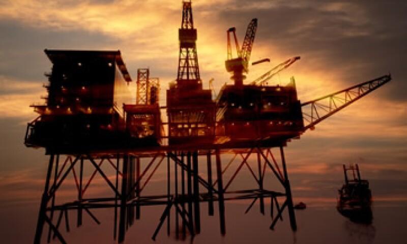 El precio del petróleo se ha reducido en aproximadamente 35% desde que tocó un máximo en junio. (Foto: Getty Images )