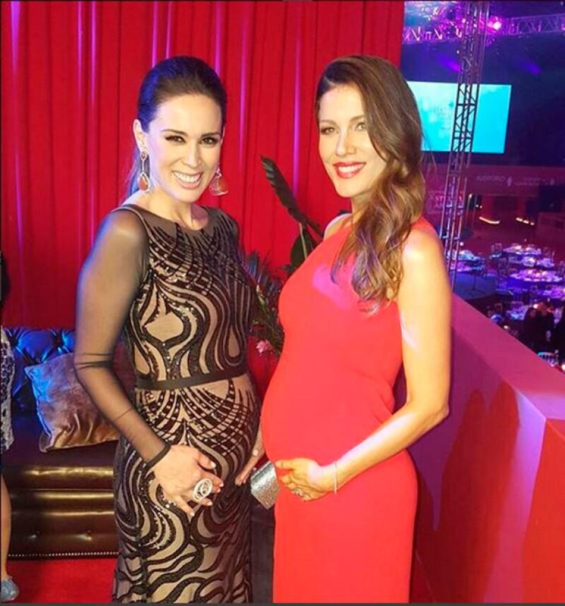 Las guapas mexicanas asistieron a la gala Starlite luciendo espectaculares con sus embarazos y, orgullosas, presumieron su encuentro.