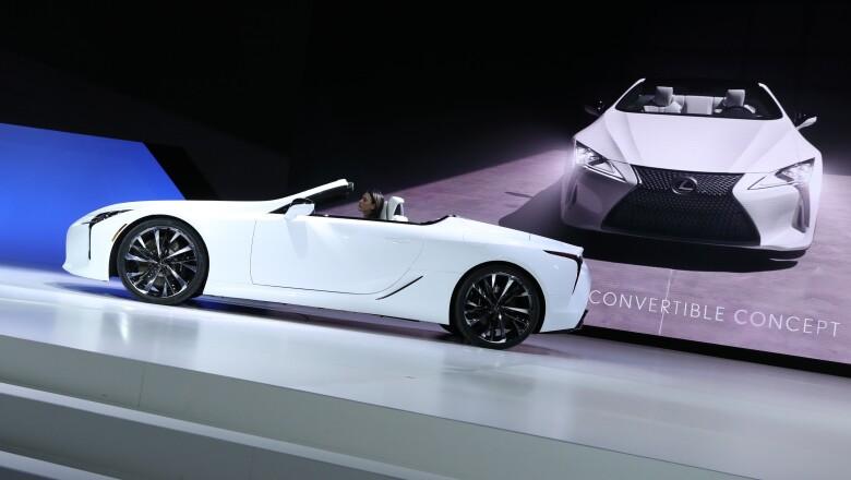 Lexus convertible