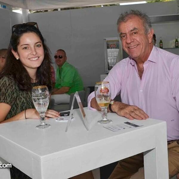Camila y Rodrigo Rivero Lake.