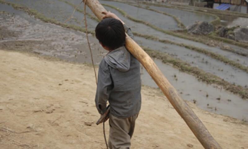 El 39% de los 3 millones de niños trabajadores en condiciones inadecuadas no va a la escuela. (Foto: Getty Images)