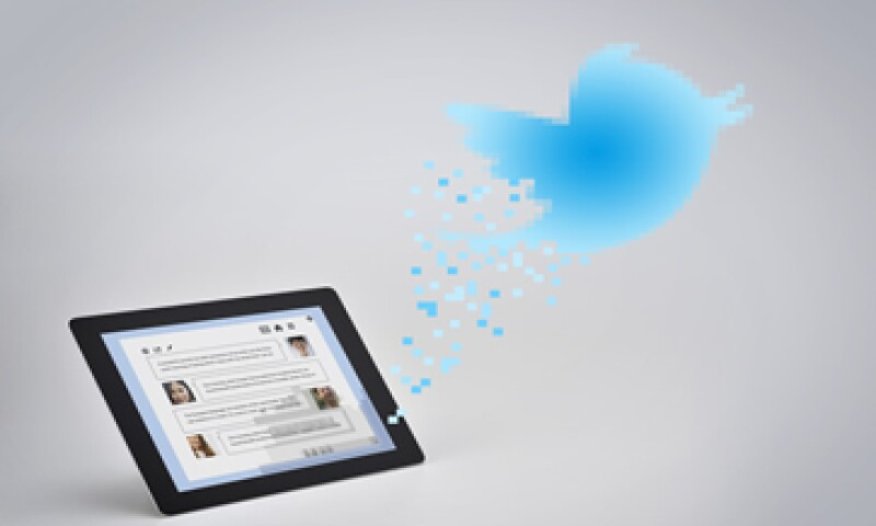 Twitter obtiene dinero cada vez que un usuario cliquea o retuitea un mensaje promocional.  (Foto: Getty Images)