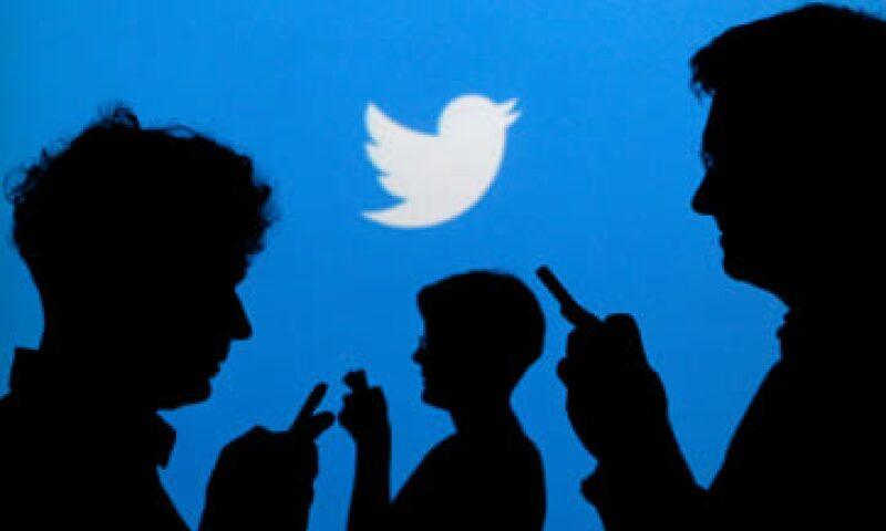 Twitter e IBM también desarrollarán soluciones para los sectores bancario y de consumo.   (Foto: Reuters )