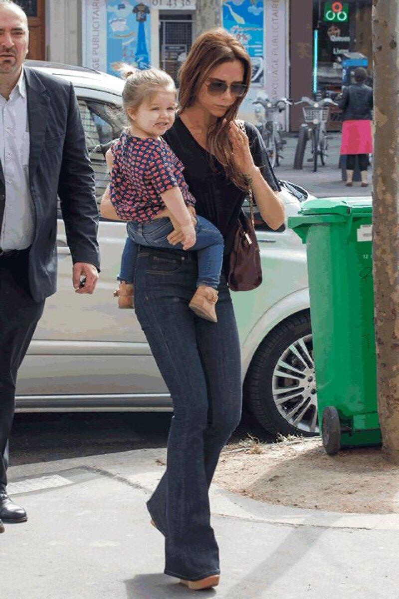 Victoria Beckham y Harper Seven- La cuarta de los Beckham a su corta edad está catalogada como la niña más stylish de Hollywood.