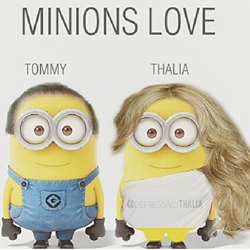 Thalía y Tommy estilo Minions.