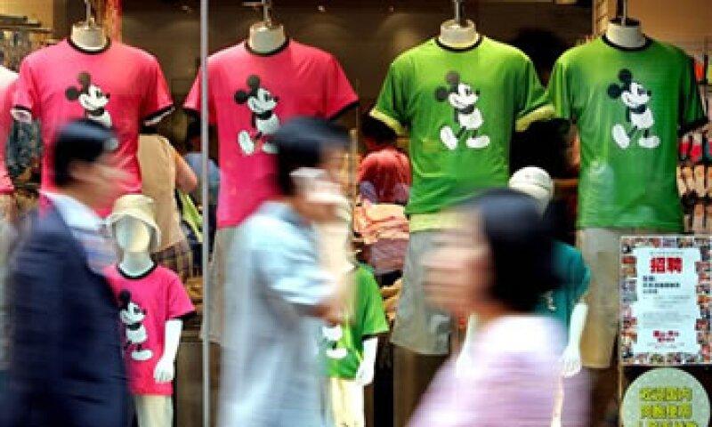 Disney marcó un hito con la apertura de su parque temático en Shanghai en abril de 2011. (Foto: AP)